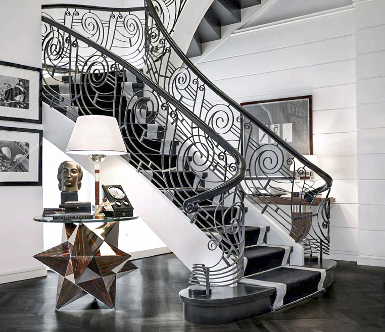 Art Deco Treppe aus Holz