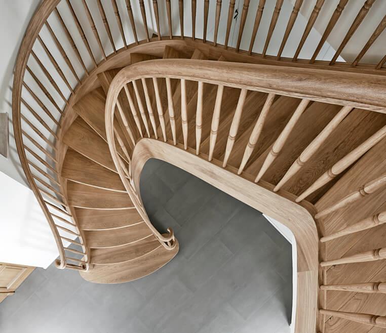 Landhausstil Treppe aus Holz