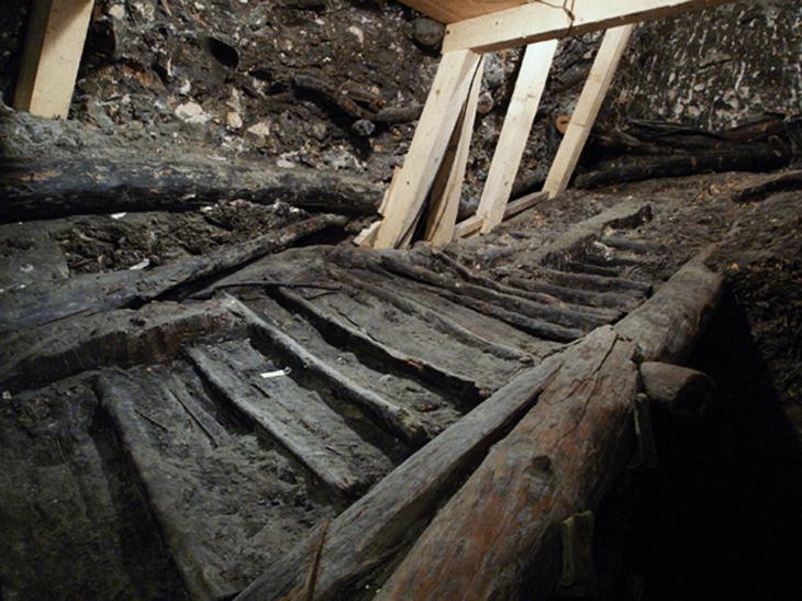 Stiege Salzbergwerk in Hallstatt, Österreich